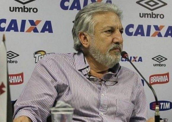 Ex-dirigente entra com ação cobrando quase R$ 4 milhões do Vasco na Justiça