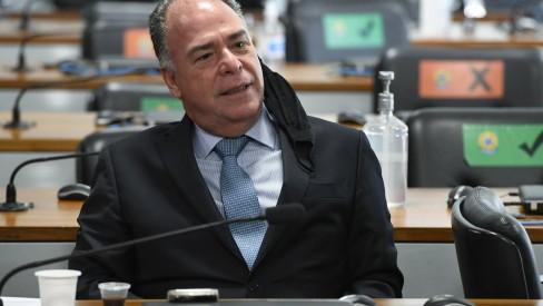 Após acusação de prevaricação, líder do governo diz na CPI que Bolsonaro mandou apurar caso Covaxin