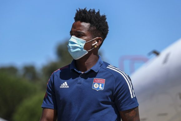 Lyon é receptivo a proposta, e Flamengo discute cláusulas por empréstimo de Thiago Mendes