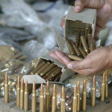 Após governo reduzir imposto sobre exportação de armas e munições, entidades protestam e dizem que 'trará enorme impacto negativo à segurança pública'