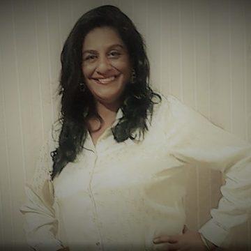 Mae Rosangela de Oxossi comemora aniversário celebrando a vida!