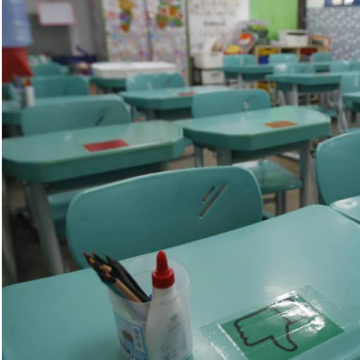 Profissionais da educação denunciam casos e mortes de covid-19 na rede de ensino do Rio