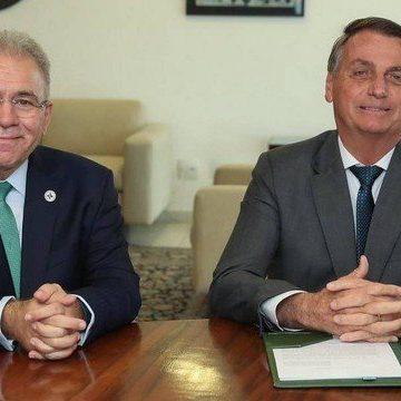 Em aceno a Bolsonaro, Queiroga diz ser contra uso obrigatório de máscara e contraria evidências científicas