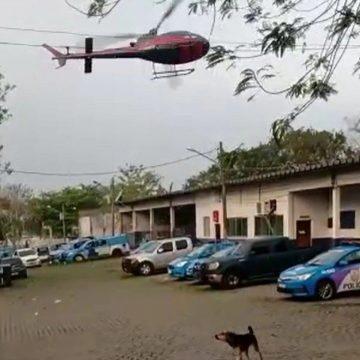 """FOCOS:""""Bandidos sequestram helicóptero e obrigam piloto a ir até o Complexo de Bangu"""""""