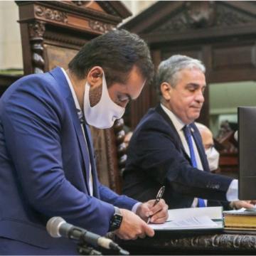 Governador se reúne na quarta-feira com os Poderes antes de enviar reformas à Alerj