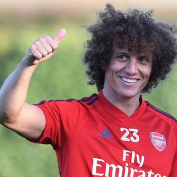 Flamengo encaminha contratação de David Luiz após reunião nesta sexta