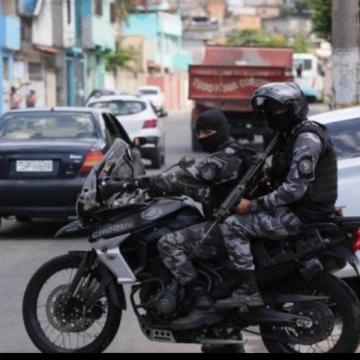 PM faz operação e ocupa Morro do Castelar, em Belford Roxo, onde moravam meninos desaparecidos