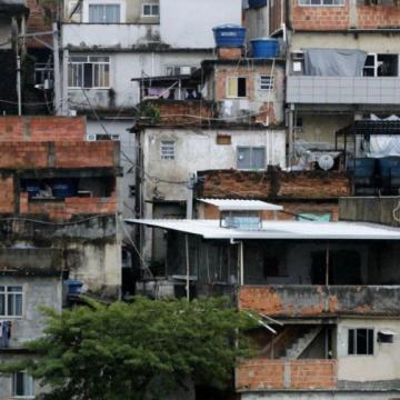 Desigualdades agravam pandemias, alertam pesquisadores