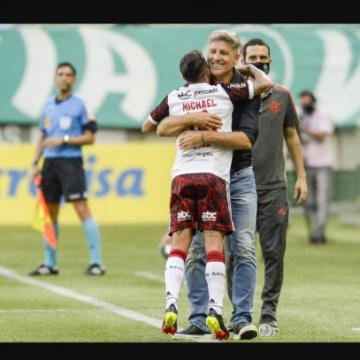 Renato Gaúcho elogia atuação do Flamengo e exalta contratação de David Luiz: 'Jogador de Seleção'
