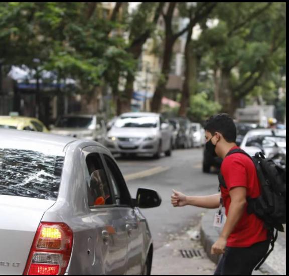 Projeto de Lei no Senado prevê que motoristas de aplicativo passem a ser registrados como CLT