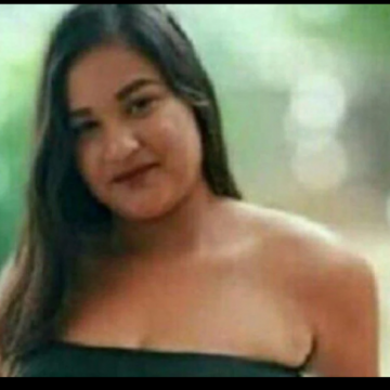 Adolescente de 14 anos morre após sofrer descarga elétrica enquanto usava chapinha