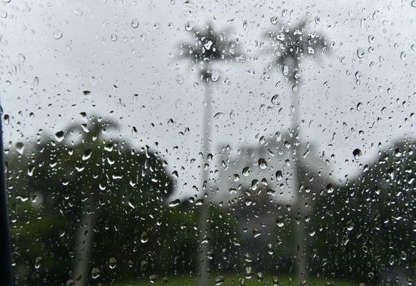 """PREVISÃO DO TEMPO:""""Frente fria se aproxima do Rio e fim de semana será de chuva na cidade"""""""