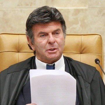 Fux reage a Bolsonaro e diz que desrespeitar decisão do STF é crime de responsabilidade: 'Ninguém fechará esta Corte'