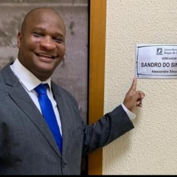 """VIOLÊNCIA SEM FIM:""""Sandro do Sindicato, vereador de Duque de Caxias, é morto a tiros de fuzil"""""""