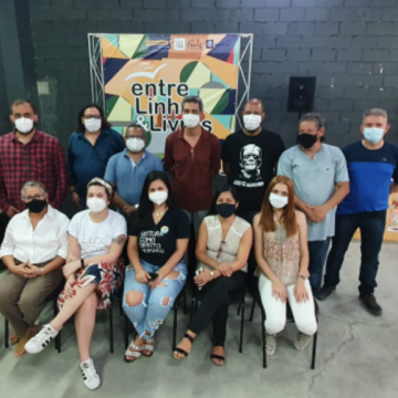 Encontro aproxima autores e leitores de Nova Iguaçu Termina neste sábado 16 de outubro TopShopping Espaço D - Centro de Nova Iguaçu